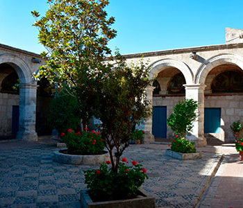 Arequipa + Monasterio Santa Catalina + Colca