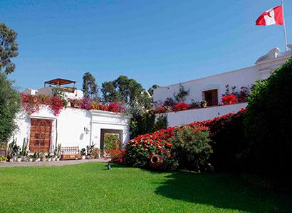 City Tour + Almuerzo o Cena + Museo Larco Herrera Tour