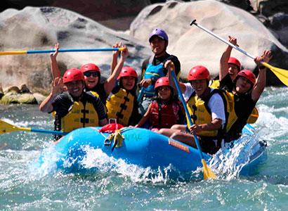 Tour de aventura en Cusco, Canotaje en el Rio Vilcanota – Chuiquicahuana 1 día